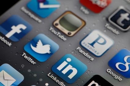 social-media-iStock_000016121256XSmall